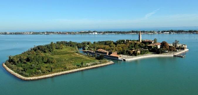 ..الحكومة الإيطالية تريد بيع جزيرة