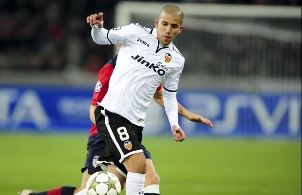 الجزائري فيغولي يتصدر استفتاء أفضل لاعب عربي