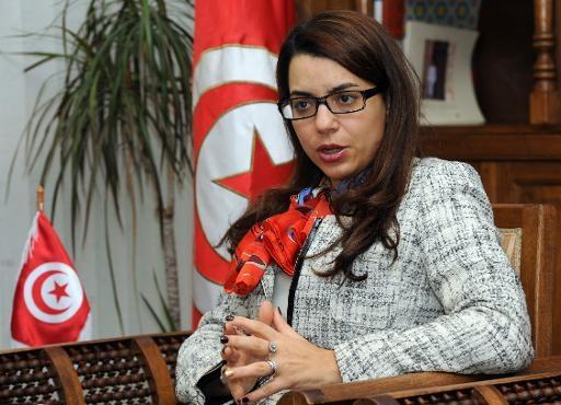 وزيرة السياحة التونسي بين مطرقة