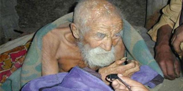 هندي يبلغ عمره 179 سنة ويعتقد أنه سيعيش إلى مالانهاية