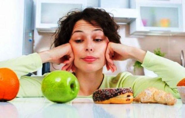 أطعمة تمنحك الطاقة أثناء العمل