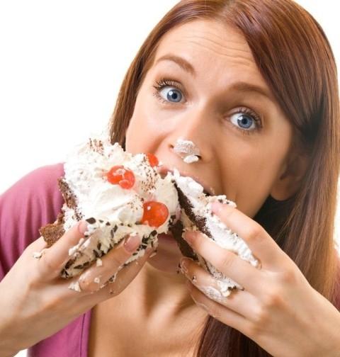 سرعة تناول الطعام تزيد وزنك