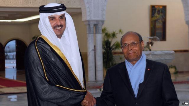 الأمير القطري يحل بتونس ويعقد مباحثات مع الرئيس