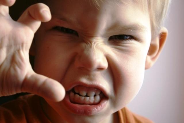 افضل الطرق للتعامل مع الطفل المشاغب
