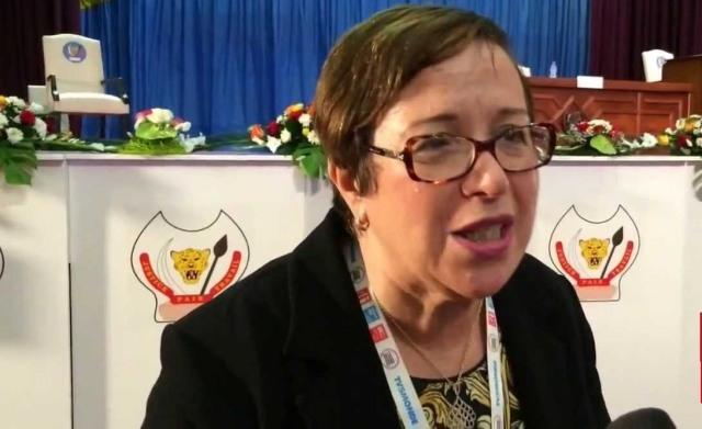 الوزيرة السابقة نزهة الصقلي: بنكيران يعتبر النساء السياسيات مثل