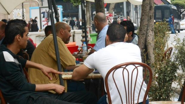 """جزائري في المهجر: """"في الحقيقة مانيش حاب نفوطي"""""""