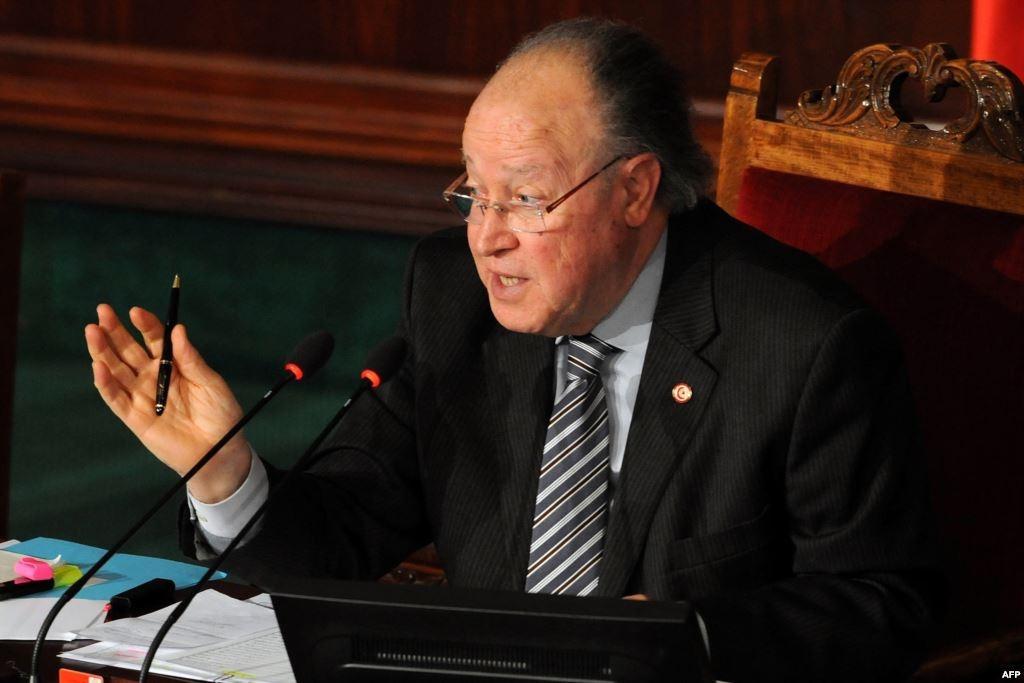 بن جعفر يرفع جلسة مناقشة قانون التشريع