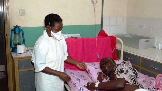 مصابون بفيروس إيبولا بمستشفى مولاي يوسف