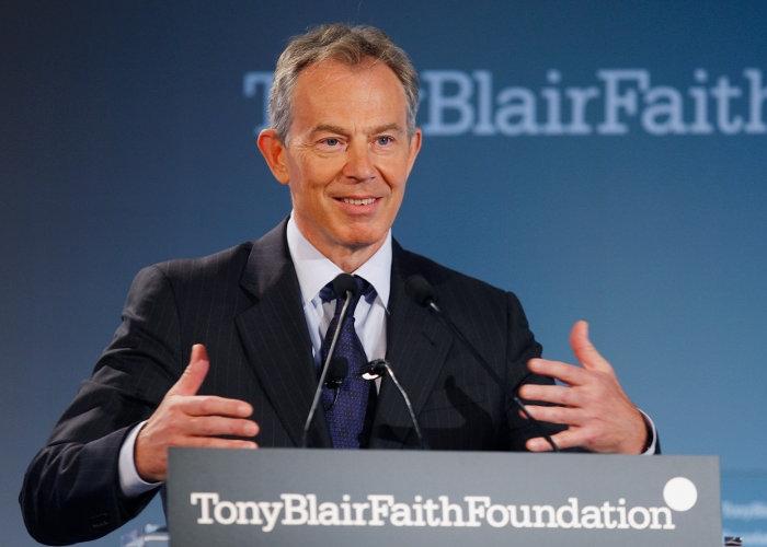 خطاب توني بيلر عن الشرق الأوسط ما يزال حديث وسائل الإعلام الغربية