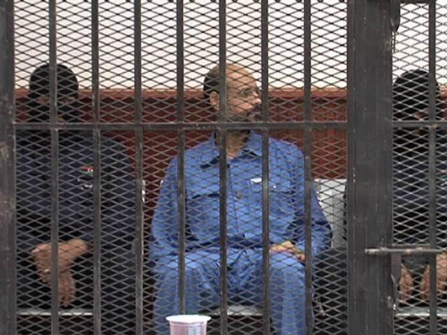 هيومان رايتس تطالب بمحاكمة عادلة لنجلي القذافي