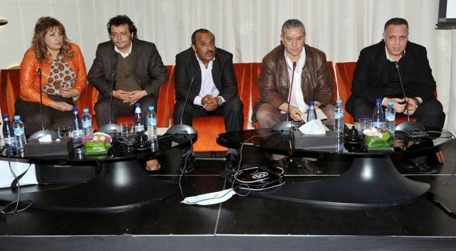 ممثل كوميدي  يبيع مائدة لوزير  مغربي  ب25 ألف درهم