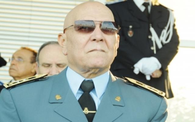 فرق تدفع بالجنرال القنابي لمنافسة  لقجع على رئاسة الجامعة