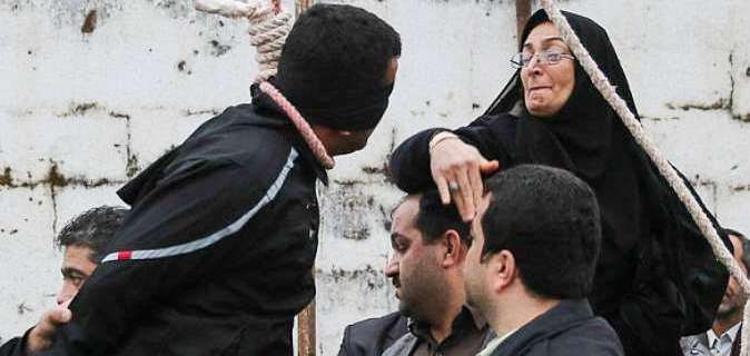 أم تعفو عن قاتل ابنها قبل ثوان من تنفيذ حكم الإعدام