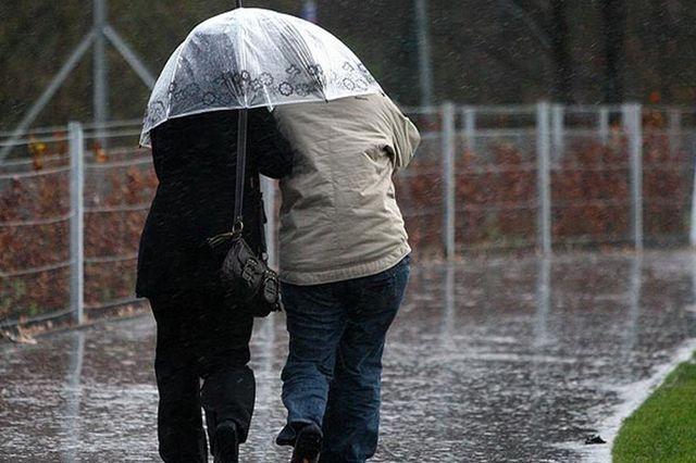 تساقط زخات مطرية قوية ورياح عاصفية في بعض مناطق المغرب