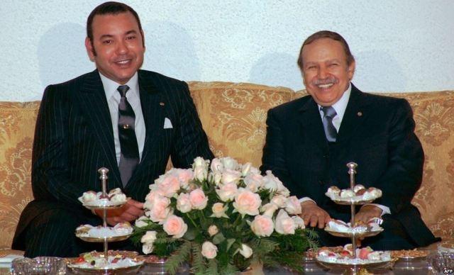 العاهل المغربي يهنيء بوتفليقة  بمناسبة إعادة انتخابه  رئيسا للجزائر