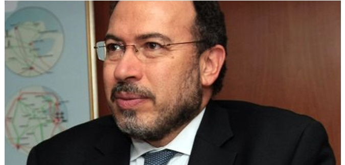 وزير التعليم العالي التونسي يحل مشكل البطالة
