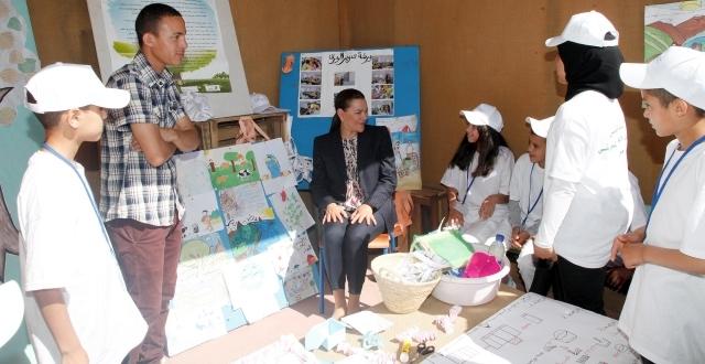 الأميرة للاحسناء تزور مدرسة ابتدائية إيكولوجية بمراكش