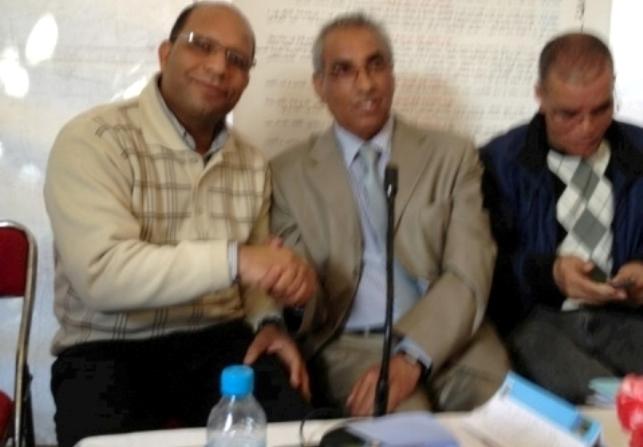 حضور جزائري في حفل توقيع رواية تتحدث عن إغلاق الحدود بين الجارين الشقيقين