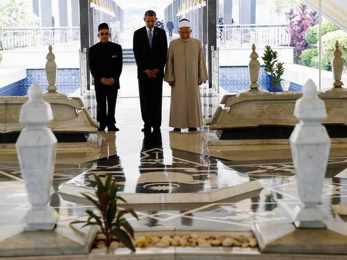 أوباما في ماليزيا لإجراء محادثات تجارية وأمنية