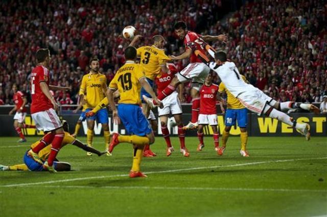 بنفيكا يتفوق على اليوفي في ذهاب الدوري الأوروبي