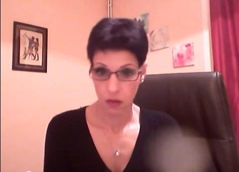 سيدة تدافع عن بنكيران وعن حضوره لجنازة الحسناوي