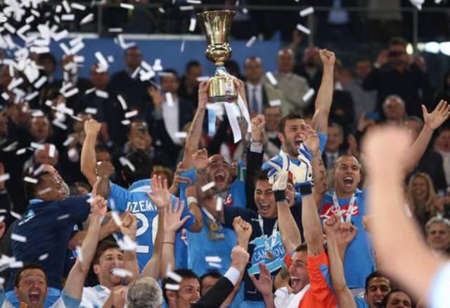 نابولي يحرز كأس ايطاليا للمرة الخامسة