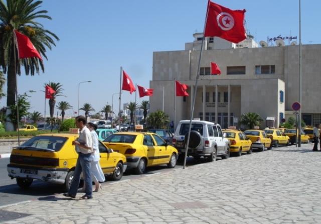 انتحار سائق وغضب أصحاب سيارات الأجرة