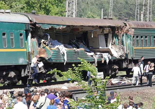 اصطدام قطارين يخلف قتلى و جرحى في روسيا