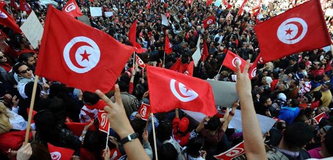 تونس: ميلاد حزب وسطي بين الاسلاميين واليساريين
