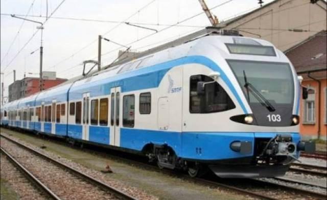 التخريب والسرقة سبب اضطراب حركة القطارات