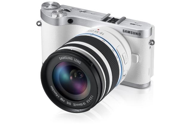 شركة سامسونغ تطلق كاميرا متغيرة العدسات