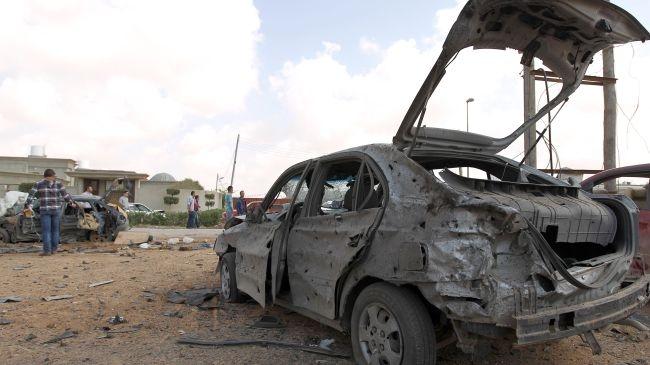 الحكومة الليبية تدعو لوقف الاشتباكات ببنغازي واحترام القانون
