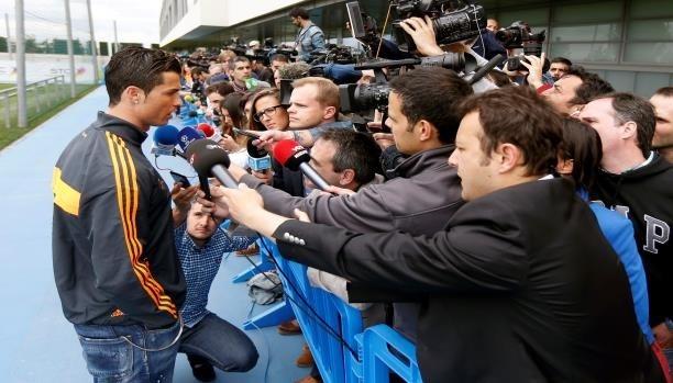 كريستيانو رونالدو يثور في وجه صحفي إسباني