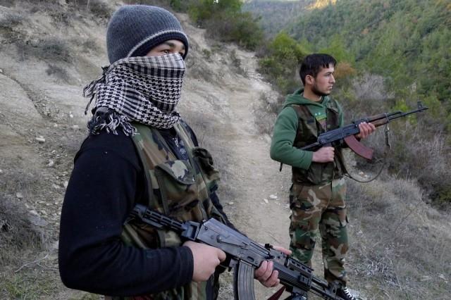 إيقاف شخصين بفاس متورطين في تجنيد وإرسال مقاتلين مغاربة إلى سوريا