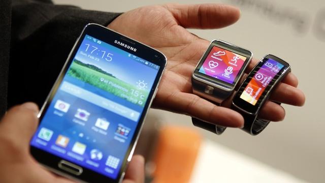سامسونغ تنتج ساعة ذكية تنوب عن الهاتف الذكي