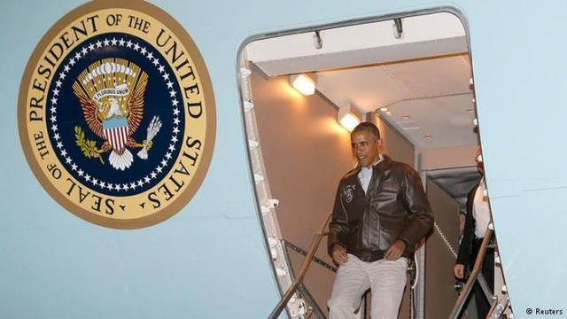 باراك أوباما يغادر أفغانستان بعد زيارة دامت الأربع ساعات