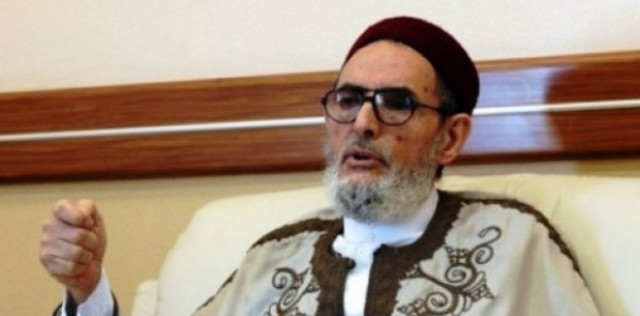 مفتي ليبيا يطالب بمنع استيراد الملابس الداخلية للنساء