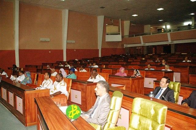 موريتانيا تصادق على مشروعي قانونين حول المرأة والطفل