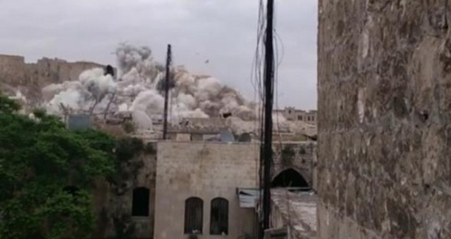 تدمير فندق أثري في حلب القديمة  بسوريا