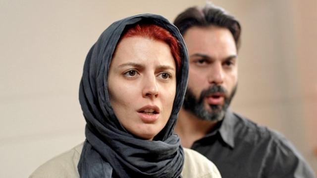 قبلة ليلى حاتمي في مهرجان كان تغضب الإيرانيين