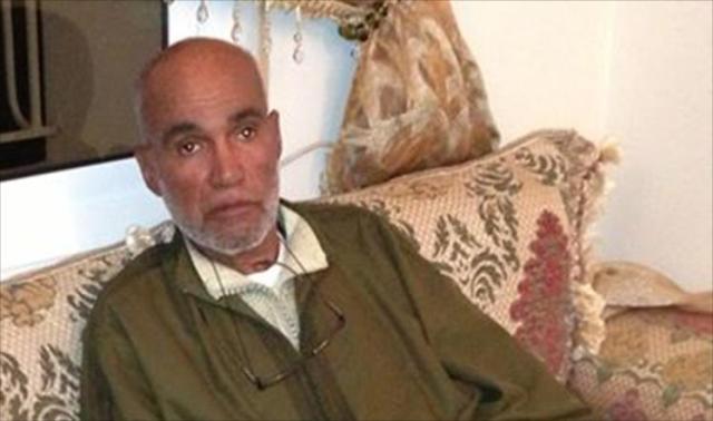 الأديب المغربي عبد الرحيم مؤذن يصارع المرض