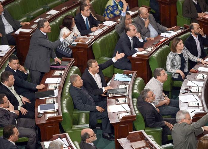 أكثر من 30 طعنا في القانون الانتخابي التونسي