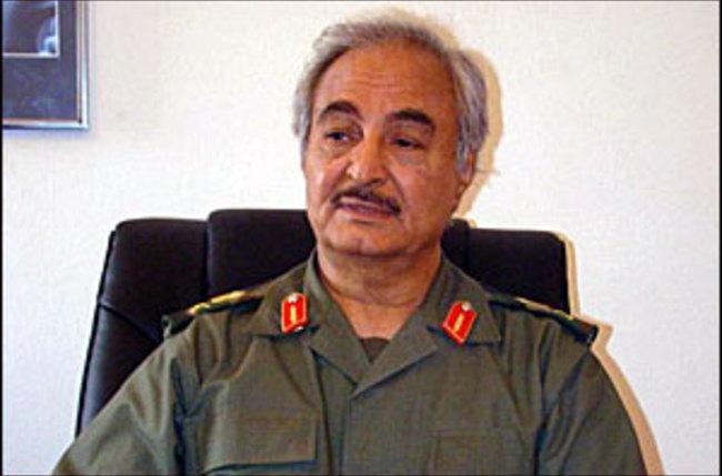 هل يحضر خليفة خفتر لانقلاب عسكري في ليبيا؟