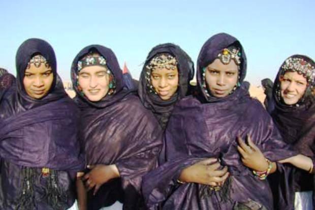 الموريتانيات يبحثن عن البشرة البيضاء