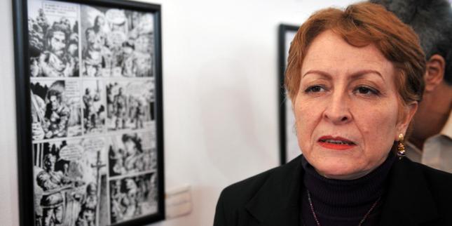 تعيين خليدة تومي مديرة للمركز الثقافي الجزائري بباريس