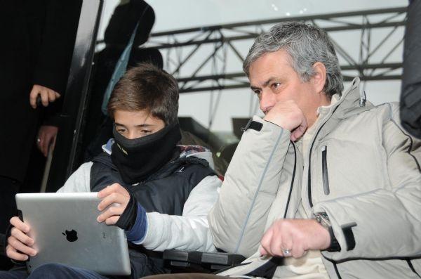 ابن مورينيو يوقع عقداً مع فريق انجليزي