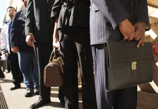 ارتفاع نسبة البطالة بـ 100 ألف عاطل المغرب