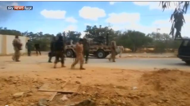 احتدام الصراع العسكري والسياسي في ليبيا