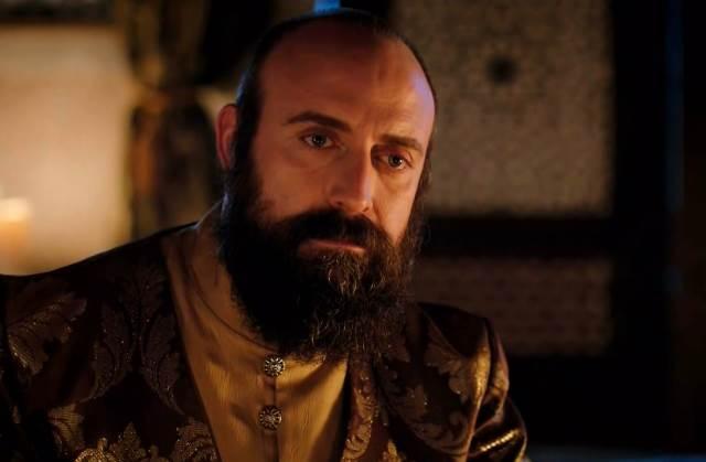وفاة والدة السلطان سليمان