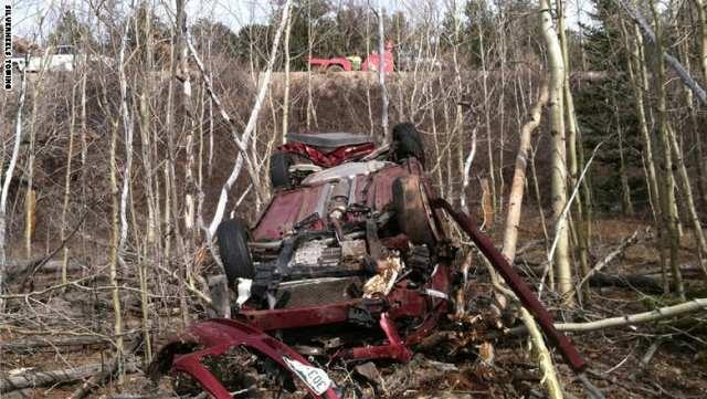 إنقاذ سيدة أمريكية بعد أن علقت ستة أيام في سيارتها المحطمة